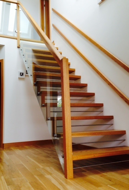 Floating Oak Staircase